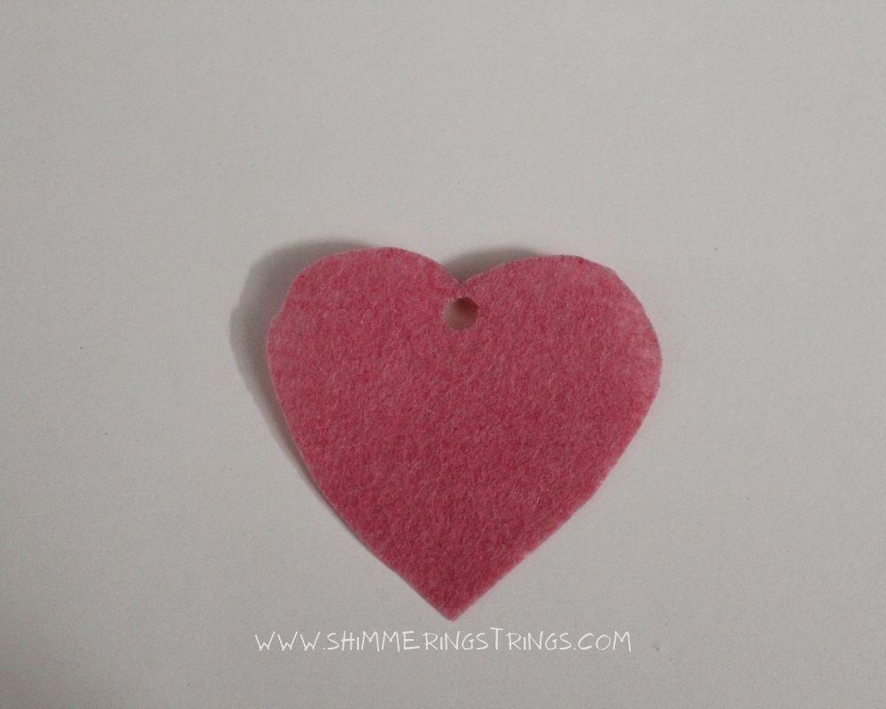 DIY heart-shaped earrings