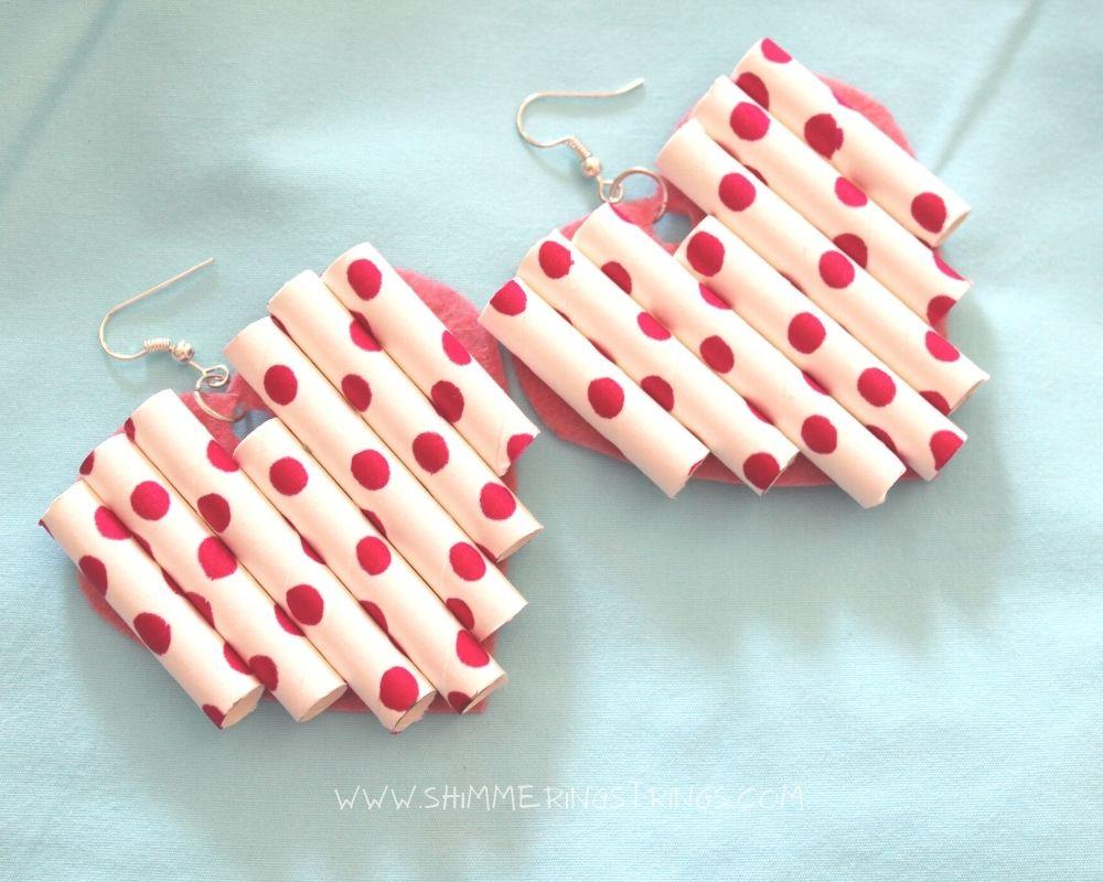 DIY heart shaped earrings using paper straws
